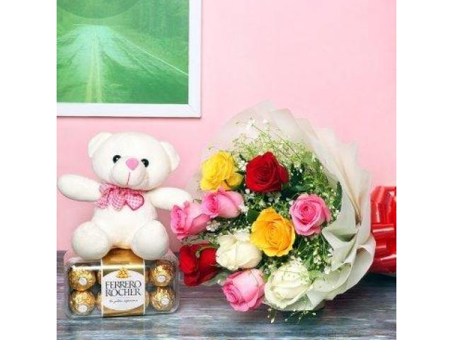 Buy Red Color Flowers Bouquet Online in India - 1/1