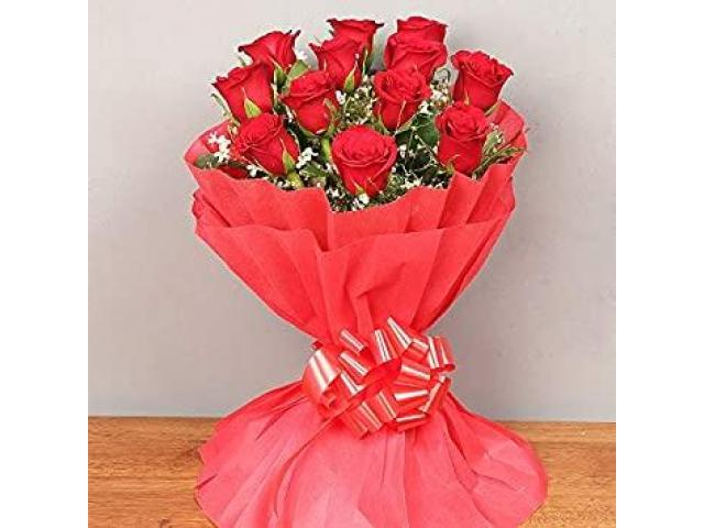 Order Rose Flowers Bouquet Online on Valentine with 10% OFF - 1/1
